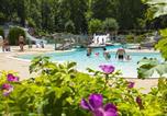 Camping avec Parc aquatique / toboggans Jura - Domaine de Chalain-1