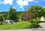 Camping Saint-Genis - Camping Champ La Chevre-3