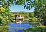 Camping avec Piscine Bar-sur-Aube - Castel La Forge de Sainte Marie-1
