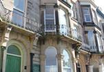 Location vacances Scarborough - 13 Flat 4 Esplanade Gardens-1