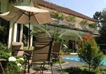 Location vacances Bogor - The Garden Family Guest House-1