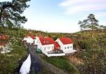 Location vacances Tvedestrand - Four-Bedroom Holiday home in Søndeled 2-4