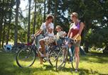 Camping avec Piscine Seillac - Camping Indigo des Châteaux-4