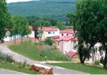 Location vacances Saujac - Holiday Home Le Domaine Des Cazelles Cajarc Iii-2