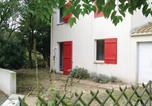 Location vacances Brem-sur-Mer - Holiday Home Maison De La Plage-3