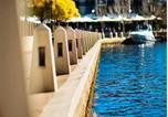Location vacances Ascot - Regal Apartments-1