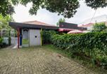 Location vacances Bogor - Reddoorz near Gor Padjajaran Bogor-3