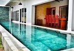 Location vacances Battambang - Gorgeous House with Private Pool | Full Amenities-1