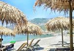 Location vacances  Grèce - Corinthian Riviera Villa-1