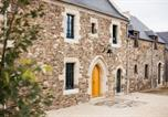 Location vacances Trégon - Chambres d'Hôtes Manoir du Clos Clin-1