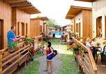 Camping Gènes - Bungalow Camping Baciccia-3