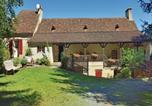 Location vacances Milhac-d'Auberoche - Holiday Home Plazac - 07-1