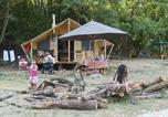 Camping  Acceptant les animaux Saint-Privat-de-Champclos - Village Huttopia Sud-Ardèche-4