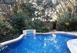 Location vacances Charleston - I'on Ave 1907 Holiday Home-2