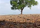 Location vacances Ko Lanta Yai - Tree in the sea-1