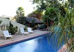 Camping  Acceptant les animaux Costa Rica - Tamarindo Surf Camp Percy-3