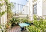Location vacances Paris - Arty Apartment for 3 Saint-Germain Nesle-2