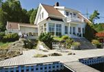 Location vacances Lillesand - Four-Bedroom Holiday Home in Hovar-1