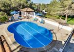 Location vacances Cales de Mallorca - Villa Lombardia-1