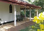 Location vacances Beruwala - Beautiful Villa under tropical palms-3