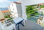 Location vacances Okrug - Apartments Adria-3