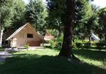 Camping Saint-Symphorien-de-Thénières - Camping Qualité le Val de Saures-1