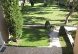 Hôtel Serviers-et-Labaume - Les pins de jol-1