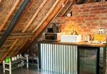 Location vacances Tulbagh - Honey Oak Loft Retreat-1