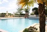 Location vacances Lacave - Holiday Home Domaine De Lanzac 2-4