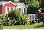 Camping avec Parc aquatique / toboggans Surtainville - Camping Domaine de la Ville Huchet-4