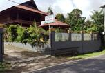 Location vacances Tomohon - Miracle Homestay-1