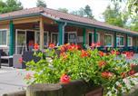 Camping avec Piscine couverte / chauffée Villard-Saint-Sauveur - Camping des Gorges de l'Oignin-2
