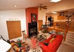 Location vacances Ruidoso Downs - La Luz Lodge Two-bedroom Holiday Home-4