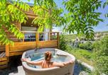 Camping avec Hébergements insolites Labastide-de-Virac - Camping Sites et Paysages Le Petit Bois-2