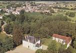 Location vacances Moulismes - Château de la Brillère-2