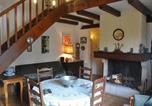 Location vacances Saint-Merd-de-Lapleau - Villa Les Rhododendrons-1