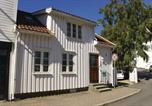 Location vacances Kragerø - Three-Bedroom Holiday Home in Risor-1