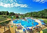 Camping avec Parc aquatique / toboggans Saint-Amand-de-Vergt - Castel Saint Avit Loisirs-3