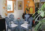 Location vacances Loupian - Two-Bedroom Holiday Home in Loupian-3