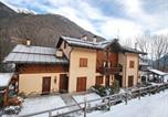 Location vacances Dimaro - Two-Bedroom Apartment Palazzina Sole 4-3