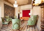 Hôtel Fondarella - El Palauet de la Muralla-3
