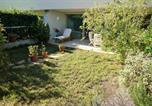 Location vacances Villeneuve-Loubet - Appartement Les Pieds Dans L'eau-3