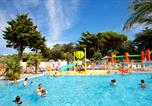 Camping avec Spa & balnéo Angoulins - Camping les Peupliers-1