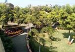 Hôtel Somnath - Hotel Shyam Farm