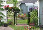 Location vacances Abbeville - Apartment A, A Bed and Breakfast Cottage-4