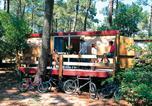 Location vacances Moulis-en-Médoc - Village Vacances Claouey