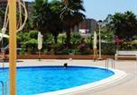 Location vacances Cabanes - Apartamentos Be Suites Marina-1
