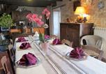 Location vacances Collonges-la-Rouge - Holiday Home Le Beau Jardin-3