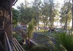 Location vacances Flic en Flac - West Terraces Apartment 5-1