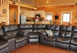 Location vacances Lake Lure - Holiday Home Let the Good Times Roll-1